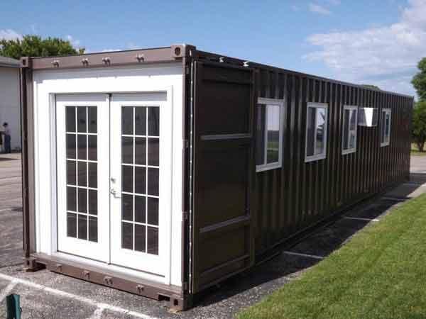 Amazon-dom-iz-konteynera