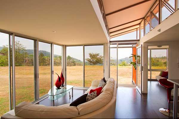 Container-house-Benjamin-Garsia-Saks-Costa-Rica