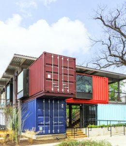 Образец малоэтажного дома из контейнеров